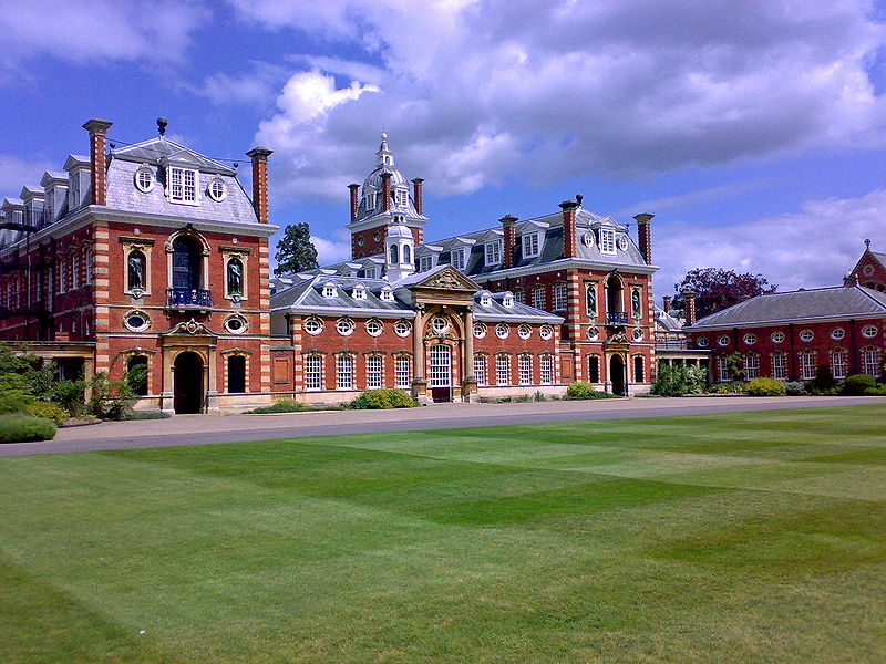 800px-Wellington_College_South_Front